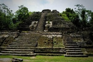 temple maya belize